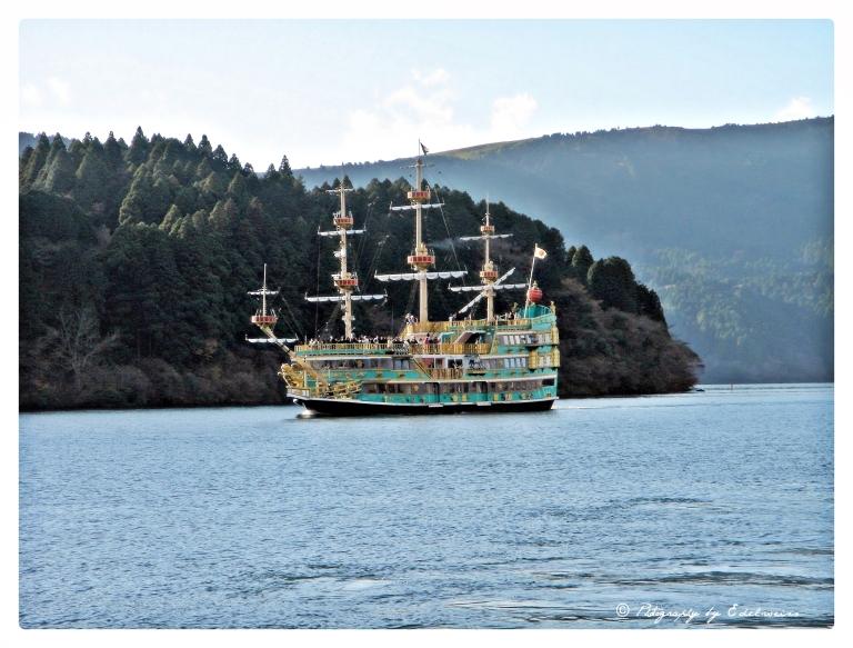_hakone_pirate_ship1