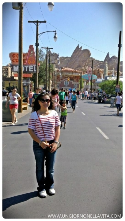 Just moi posing at Cars Land! :D