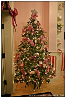 Girly Christmas tree inside Casey's Cupcakes.
