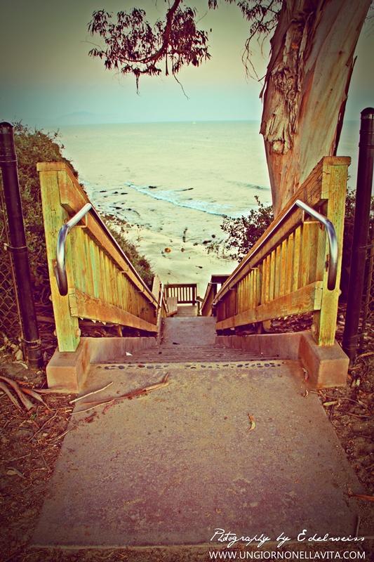 The entrance to Leadbetter Beach from Shoreline Park in Santa Barbara.