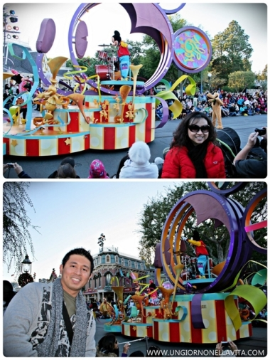 Photo op with Mickey! :D